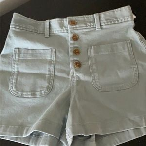 Gap high rise shorts